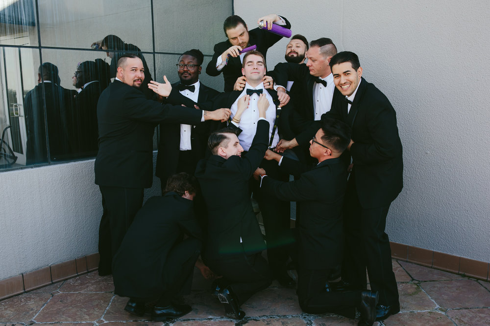 groomsman-silly-fun-wedding-day-tiny-house-photo-south-florida-wedding-photographer.jpg