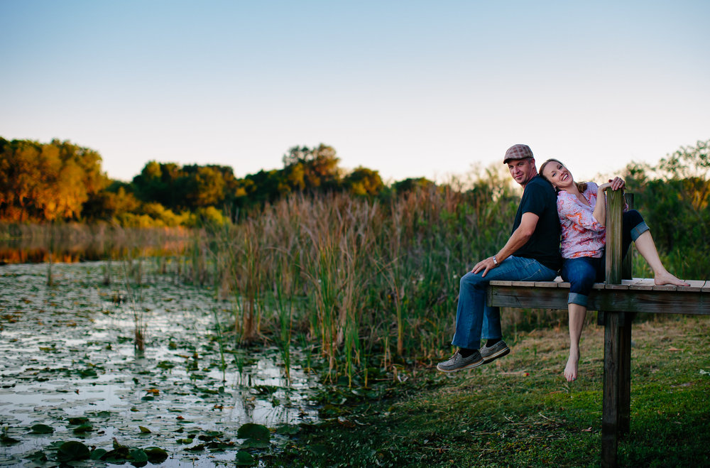 florida_wedding_photographer_lake_couple_engagment_tiny_house_photo.jpg