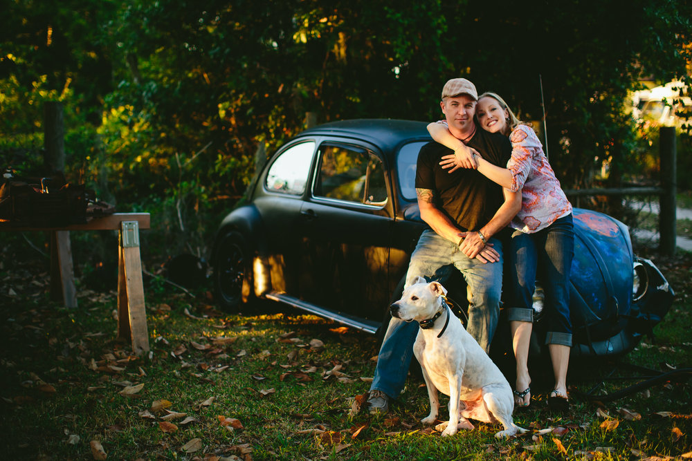 dubs_vw_engagement_session_tiny_house_photo_wedding_photographer.jpg