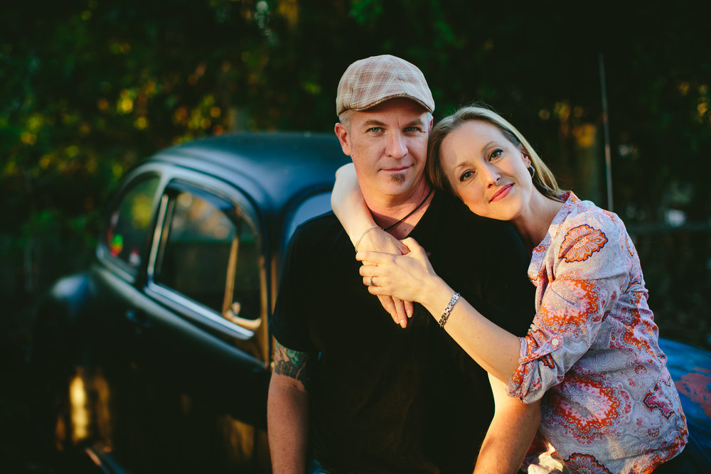 gorgeous_engagement_session_apopka_florida_tiny_house_photo.jpg