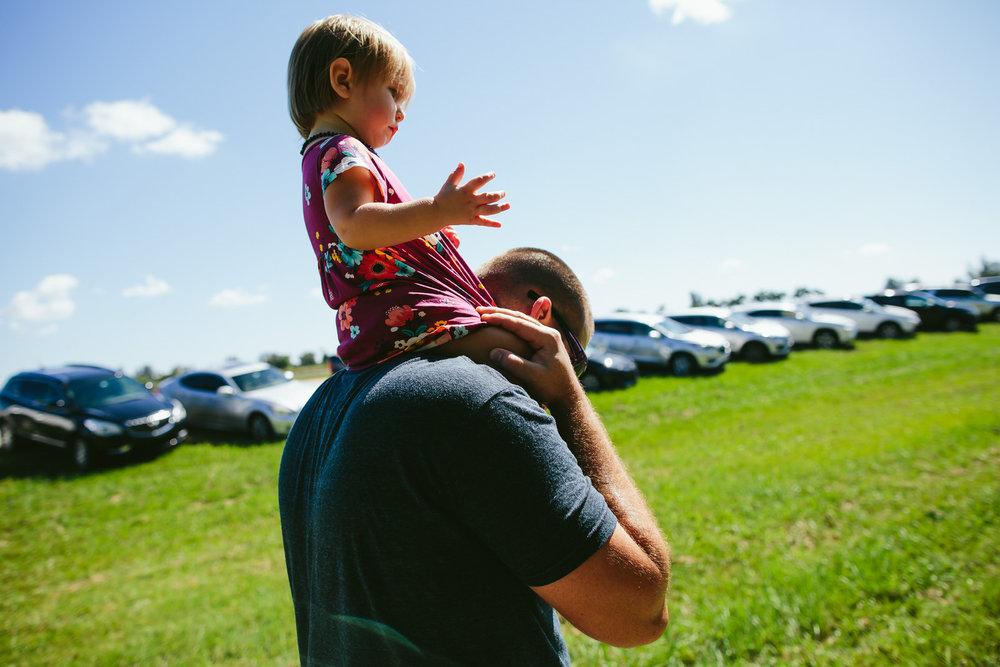 family_documentary_photography_tiny_house_photo_bedners_farmers_market_florida-91.jpg