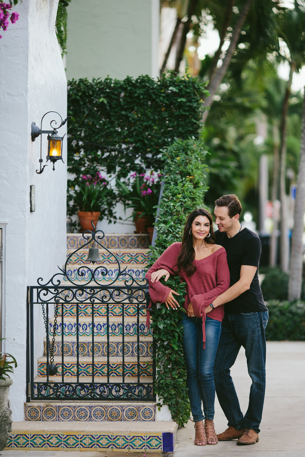 west_palm_beach_engagement_session_worth_avenue_tiny_house_photo-86.jpg