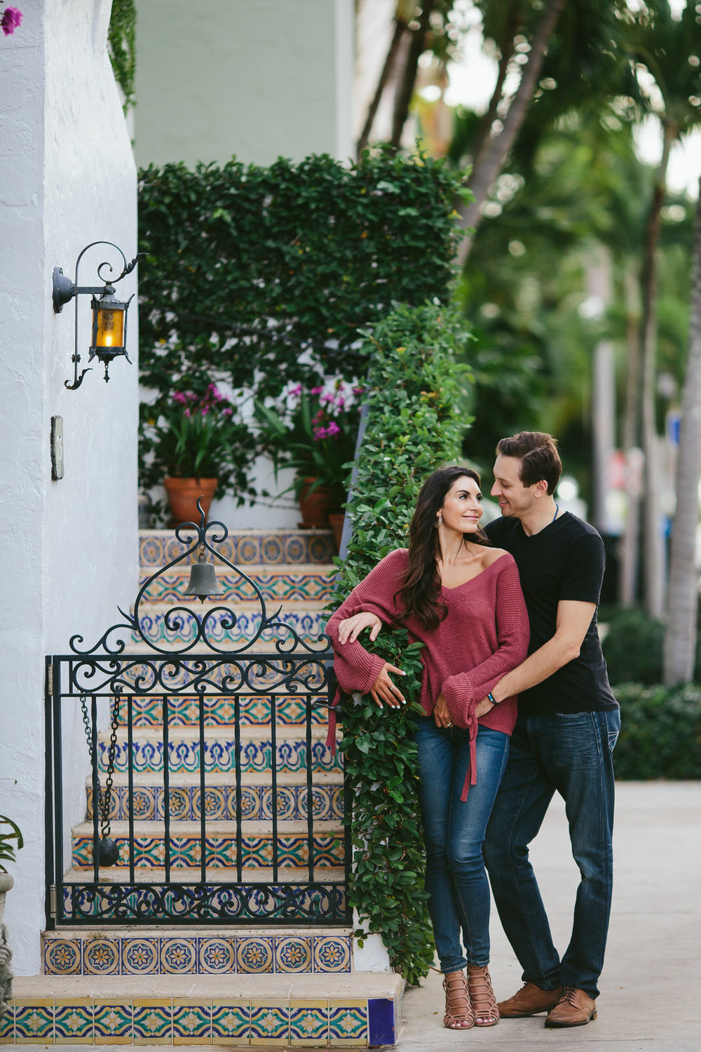 west_palm_beach_engagement_session_worth_avenue_tiny_house_photo-87.jpg