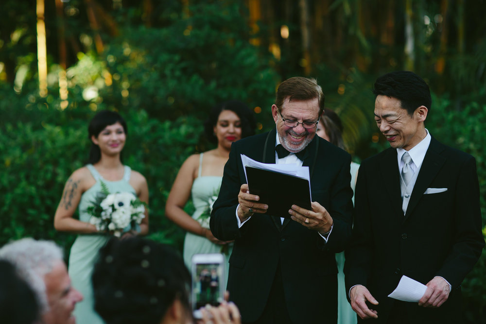 laughter_moments_weddings_ceremony_speeches_tiny_house_photo_twilight_inspired_wedding.jpg