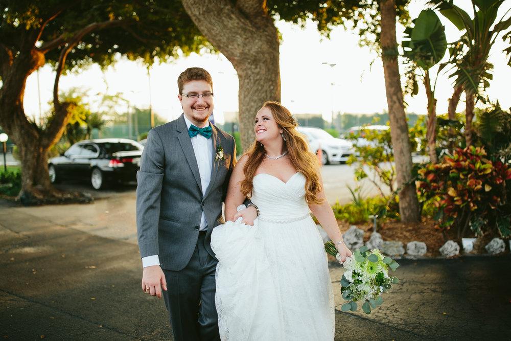 lighthouse_point_yacht_club_wedding_bride_groom_portraits_steph_lynn_photo-52.jpg