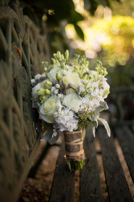 bouquet_bride_details_wedding_ceremony.jpg