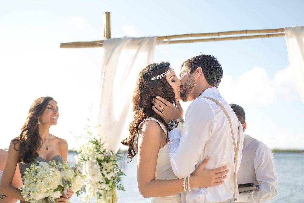 the_kiss_bride_groom_ceremony_florida_keys.jpg