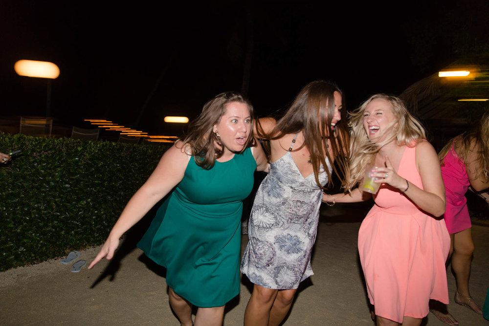 women_dancing_wedding_reception.jpg