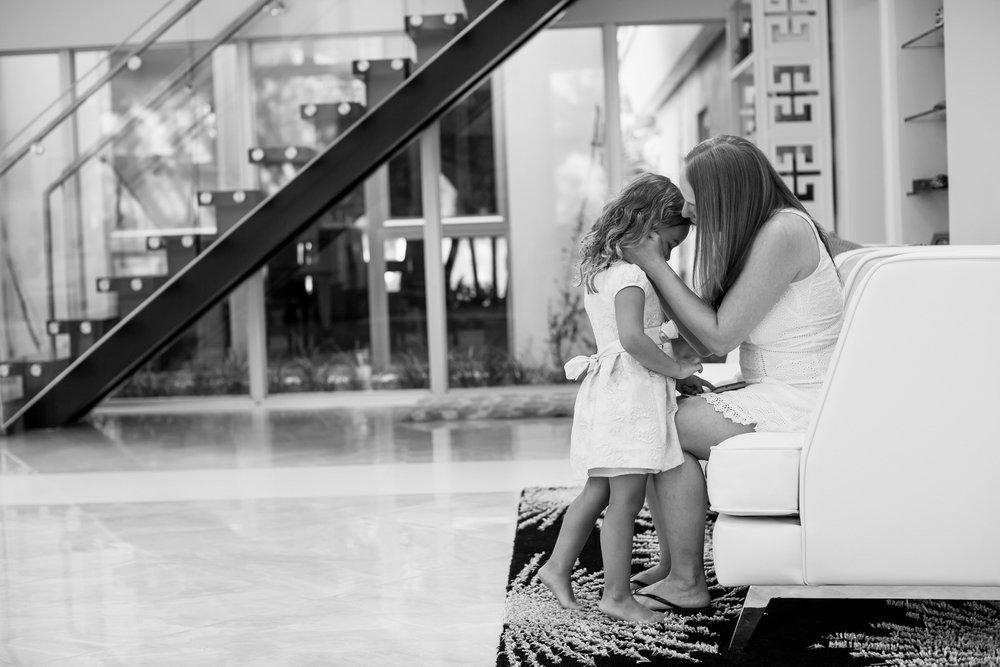 tiny-house-photo-documentary-family-photographer-colorado.jpg