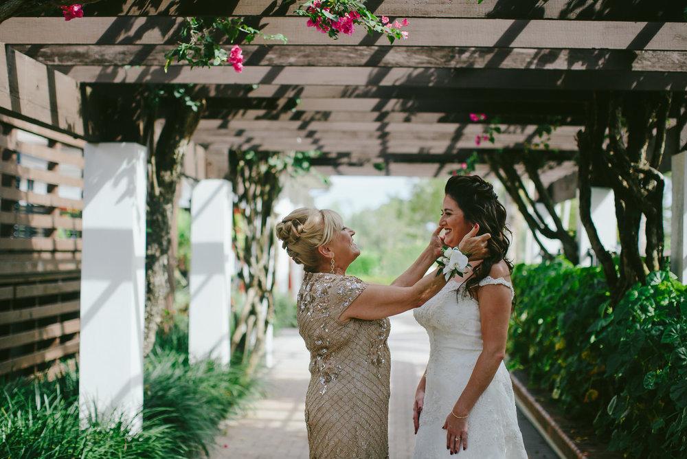 amanda_and_brock_bride_groom_naples_wyndemere_florida_wedding-5.jpg