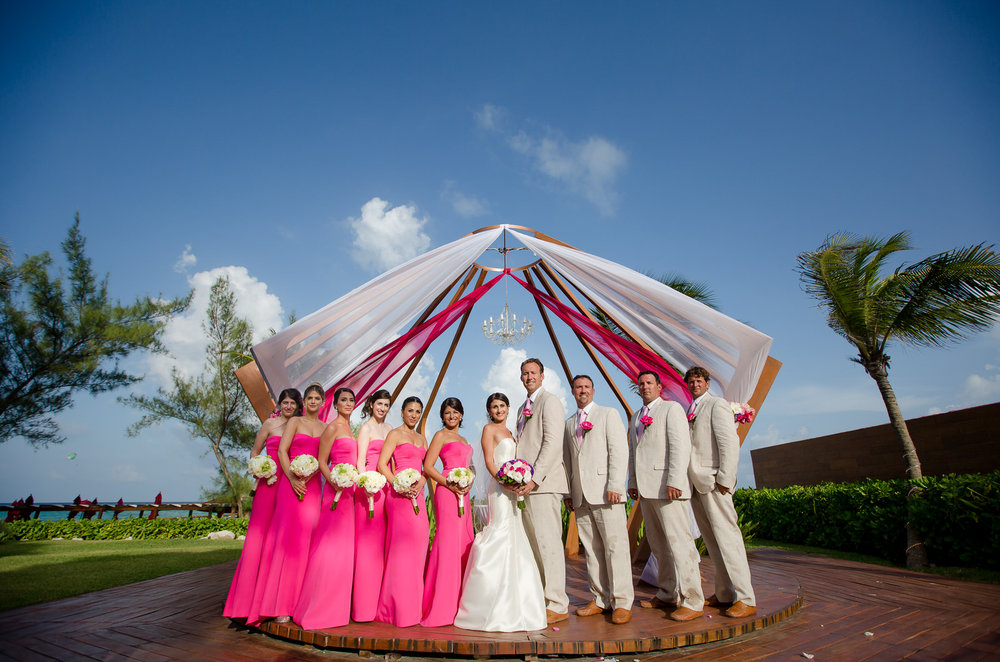 wedding_party_portrait_mexico_destination_weddings.jpg