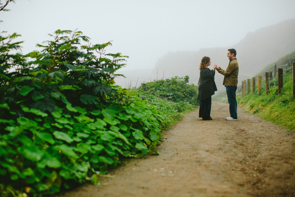 happy_couple_engagement_portraits_san_francisco_bay_area.jpg