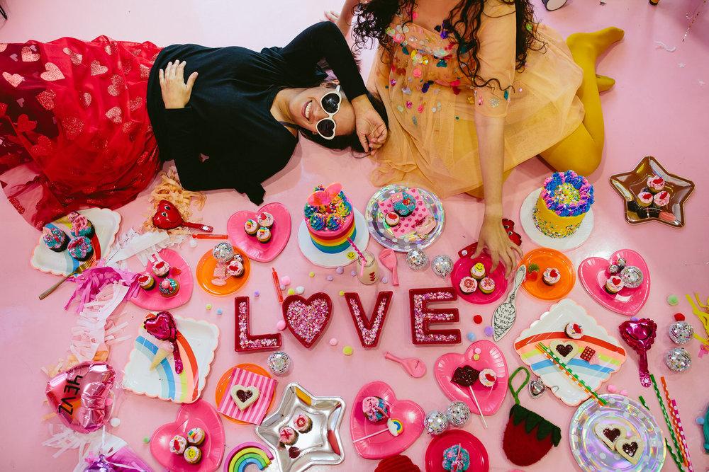 love_valentines_day_bakery_session.jpg