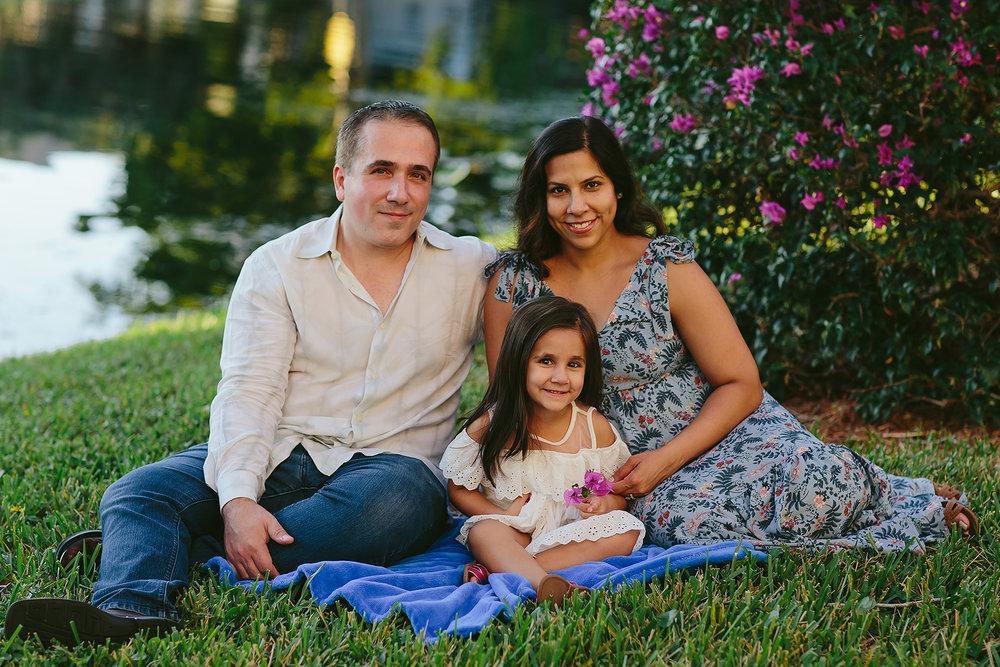 coconut-creek-family-portrait-photographer-cute-authentic-lifestyle.jpg