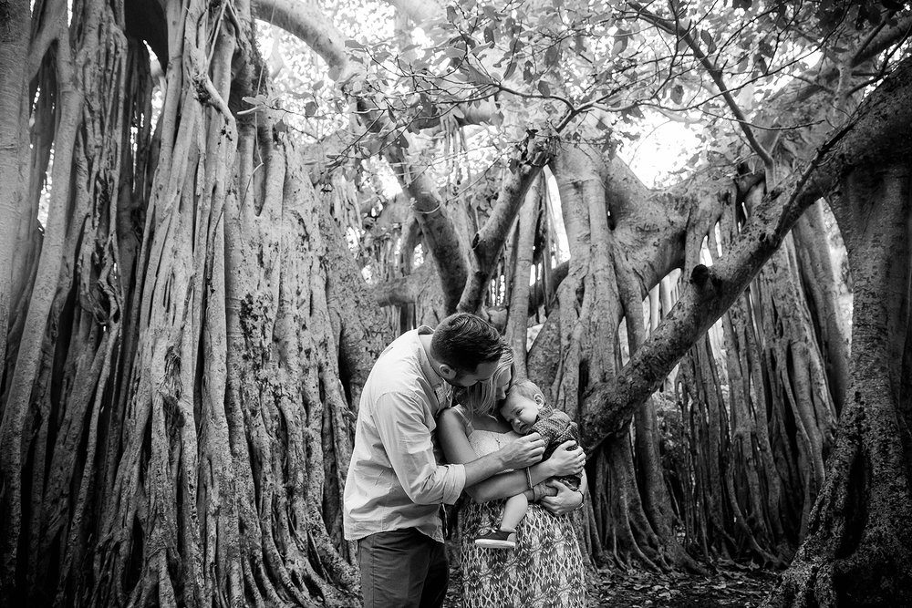 south-florida-emotional-connection-deep-authentic-photography-family.jpg