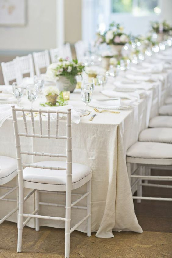 simply-charming-socials-heidi-geldhauser-neutral-tablescape-wedding