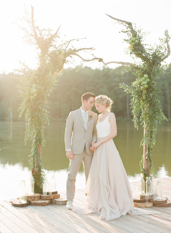 Simply-Charming-Socials_Atlanta-Wedding-Planner_Styled-Photo-Shoot_Modern-Luxury-Brides_Buffy-Dekmar-Photography_Ginny-Branch_Foxhall-Sporting-Club_24.jpg