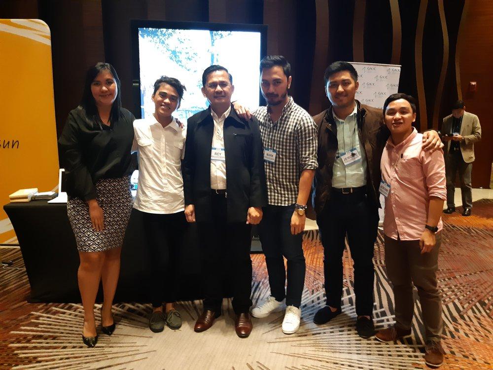 dooh-ph-sales-team-3.jpg