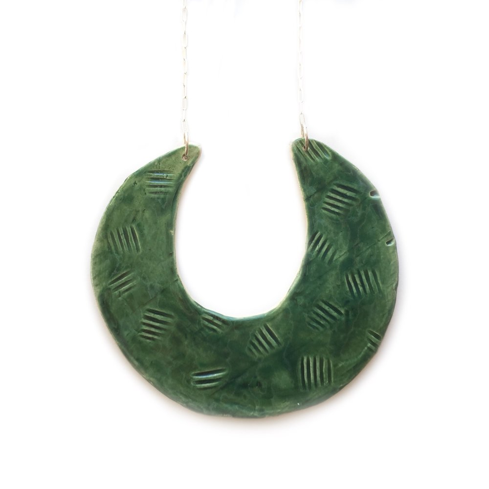 kushins_ceramic_necklace5.JPG