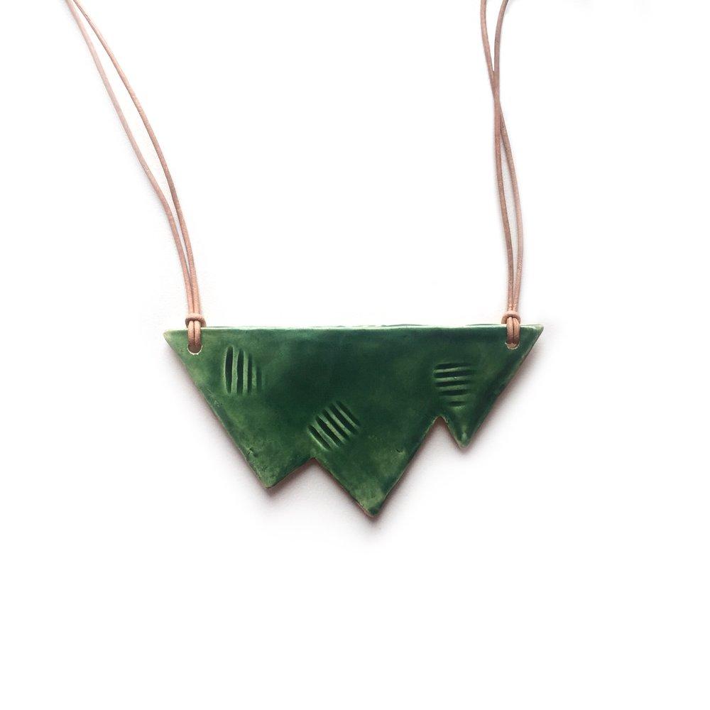 kushins_ceramic_necklace46.JPG