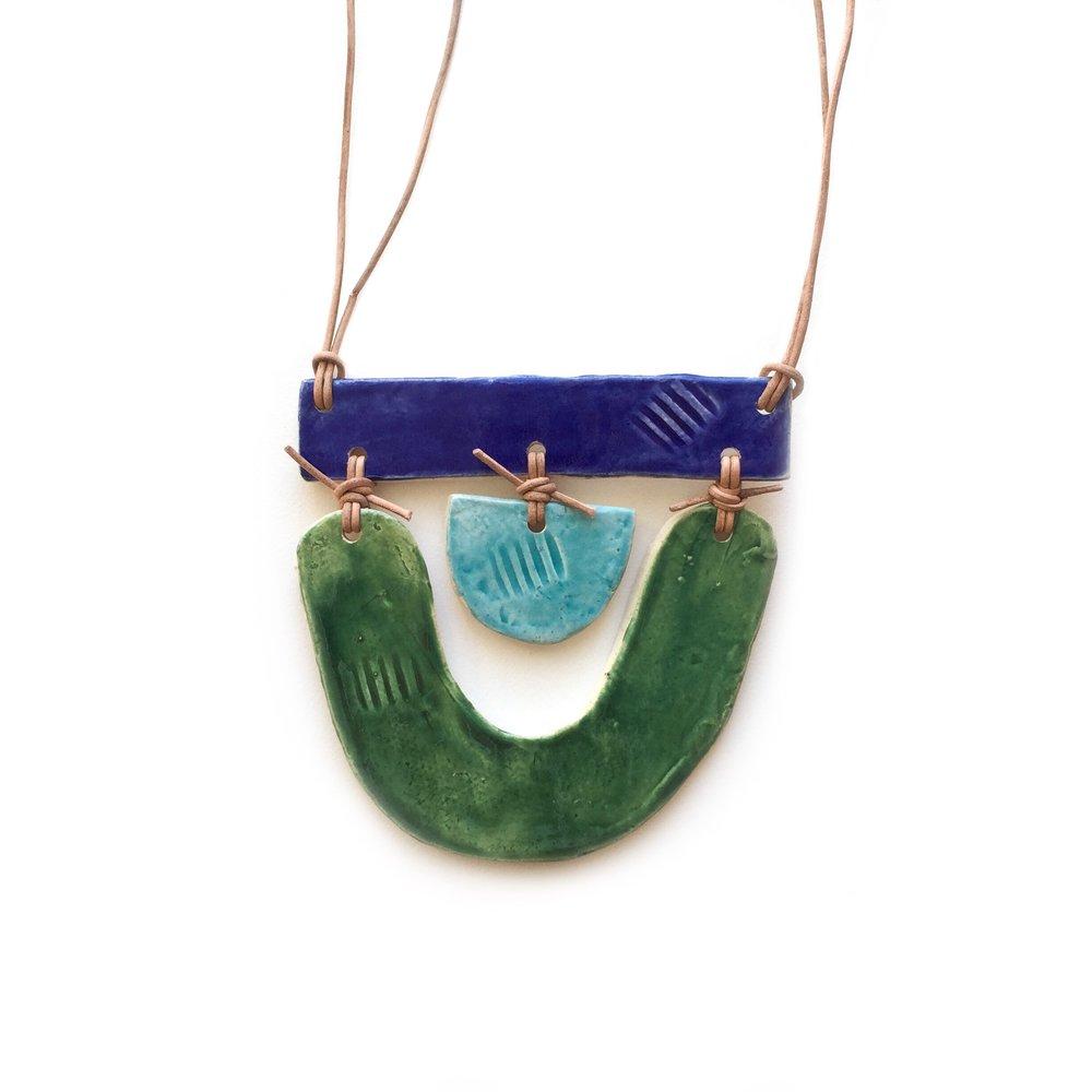 kushins_ceramic_necklace3v2.JPG