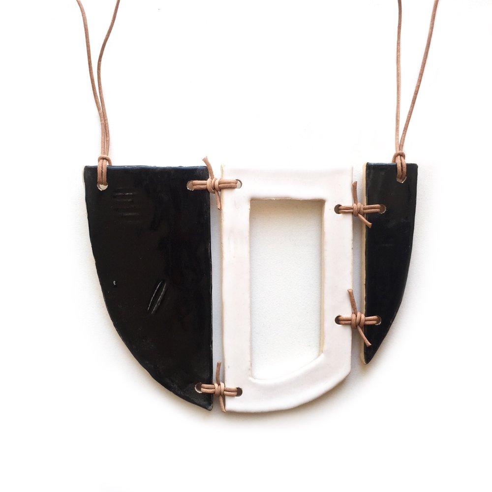 kushins_bw_ceramic_necklace7v2.JPG