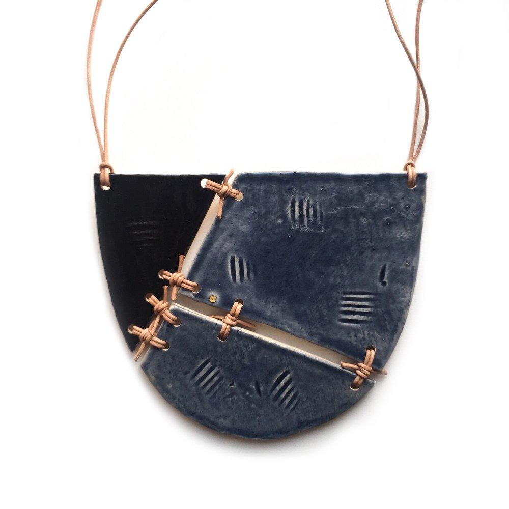 kushins_bw_ceramic_necklace24v2.JPG