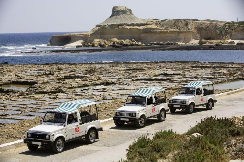 tour jeep (800x533).jpg
