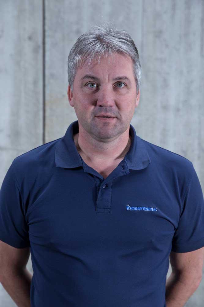 Torbjørn Leirset  Prosjektleder og partner  Tlf 994 35 800  torbjorn@byggmesteran.no