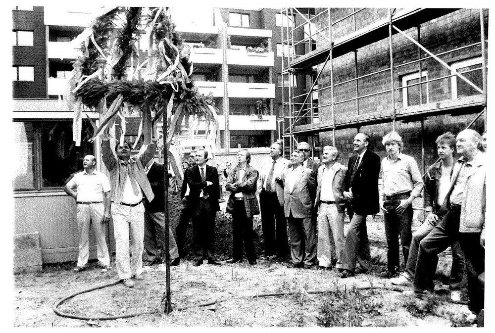 Richtfest Mozartweg 1983.JPG