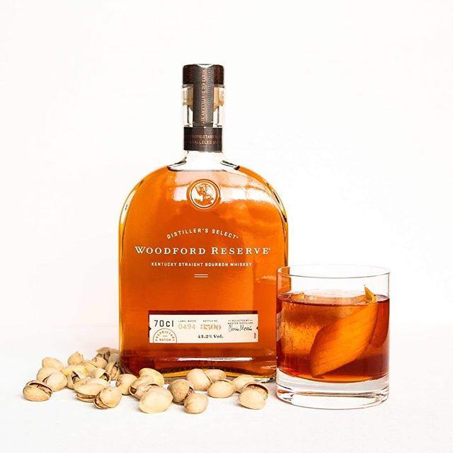 House Old Fashioned —— Woodford Reserve Roasted & Smoked Pistachio Shell Syrup Fentimans Black Walnut Bitter Angostura Bitter Orange Zest —— #artsoncocktailbar #nostrarestaurant #truespirit #ttcocktails #makeitworldclass #justcocktails #LTDcocktails #cocktailsforyou #worldsbestbars #reykjavik #iceland #cocktail #cocktails #bartender #bartending #bar #drinks #mixology #mixologist #vodka #gin #rum #whiskey #tequila #wine #beer #drinkstagram #worldclassis