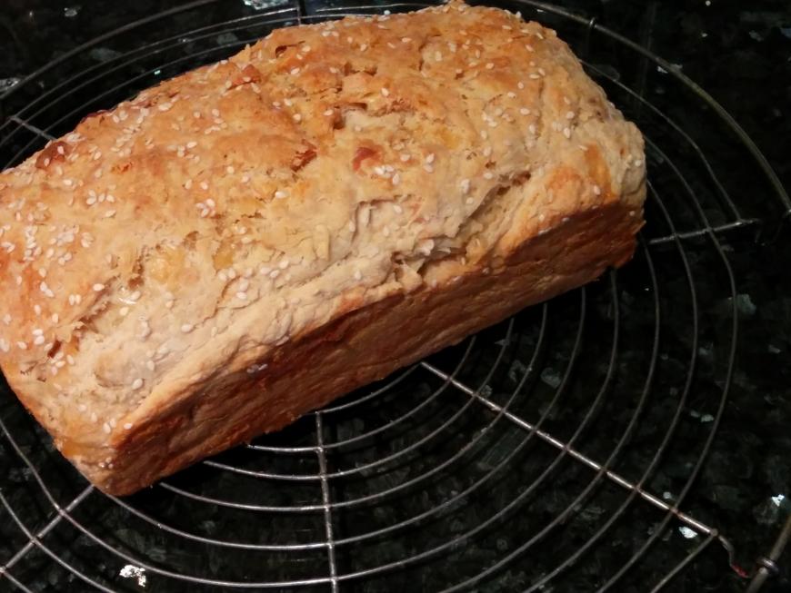 Speedy Garlic Cheese Bread.jpg