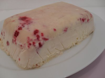 Iced raspberry meringues.jpg