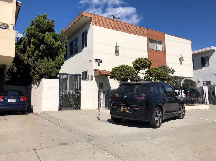 12625 Pacific Ave.JPG