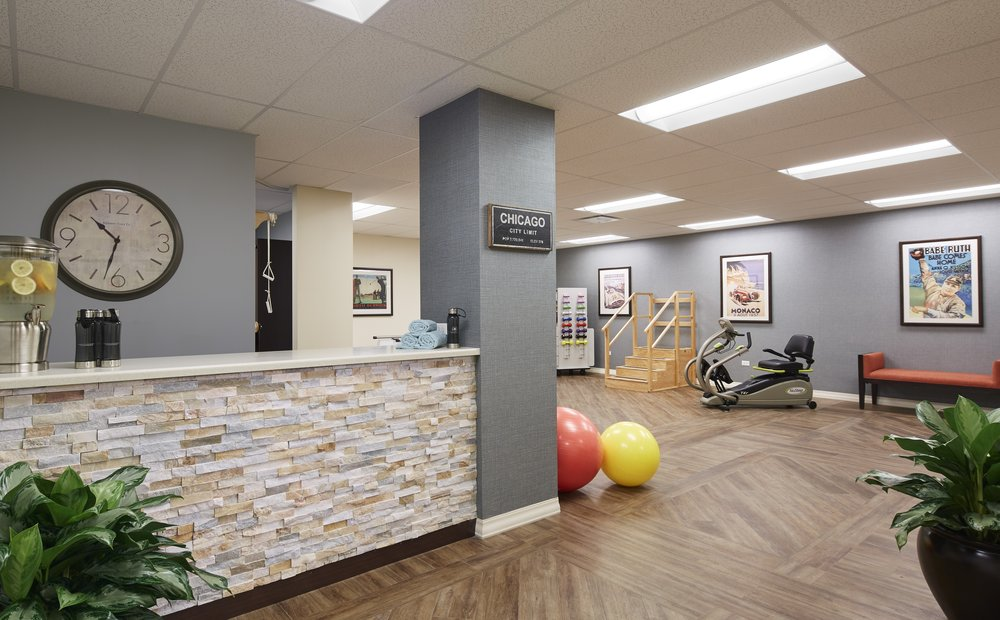 Courts of Shorewood Physical and Occupational Therapy Room-1.jpg