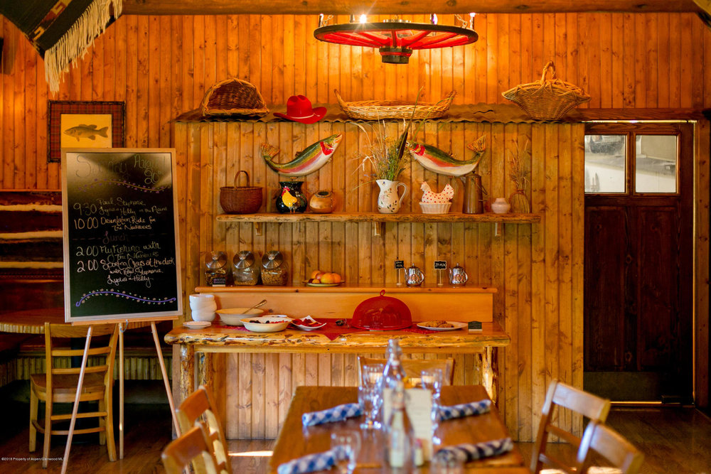 Cookhouse - Old West Ambiance