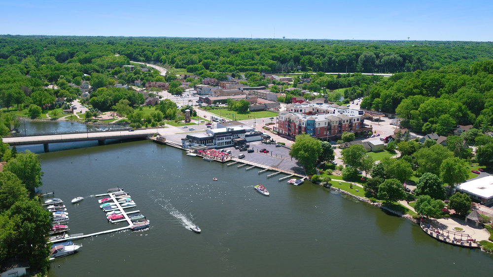 DOWNTOWN CULTURAL DISTRICT - With a new streetscape under construction, Downtown Algonquin has an exciting future as a retail, recreational and dining hub. We have redevelopment opportunities and historic buildings available for mixed-use projects.