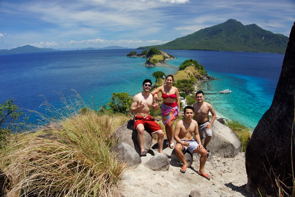 Island hopping with my cousins in the Philippines!