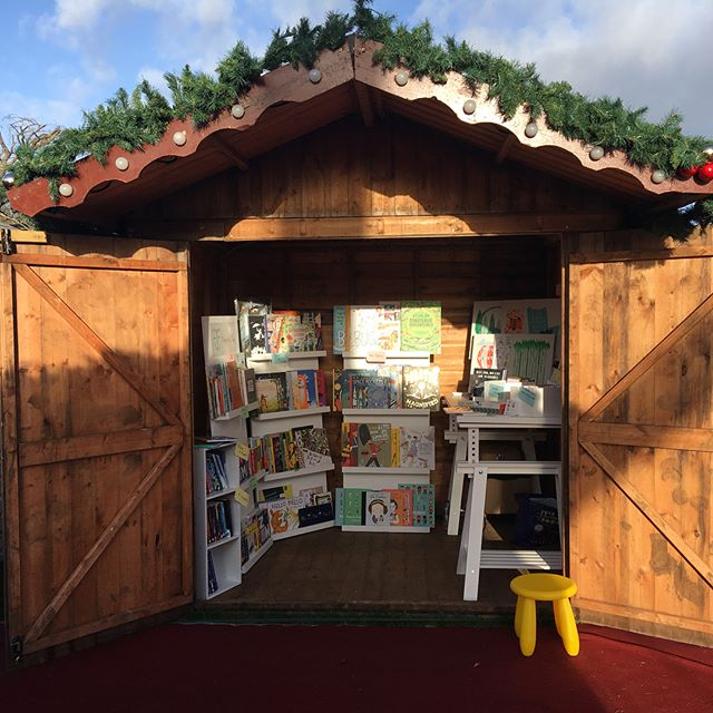 Really getting in the Christmas spirit at Leeds Castle Christmas Market. 🎅🏻🎄#leedscastlechristmasmarket #leedscastle #christmastime🎄 #childrensbooks #childrensbook #childrensbookstagram #kidsbookstagram #childrensbooksofinstagram #childrensbookshop #popupshops #kidsbooks #booksforchildren #picturebooksofinstagram #picturebooks #indiebookshop #supportindies #kidsbookshop #christmasmarket #christmasmarkets