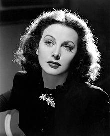 Hedy_Lamarr_in_The_Heavenly_Body_1944.jpg