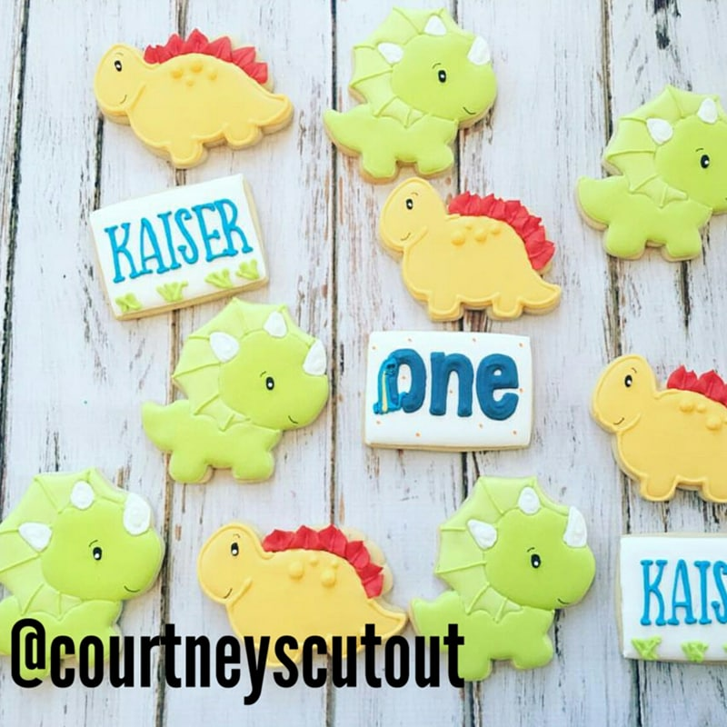 Made by @courtneyscutout using our Misty Dinosaur cookie cutter.