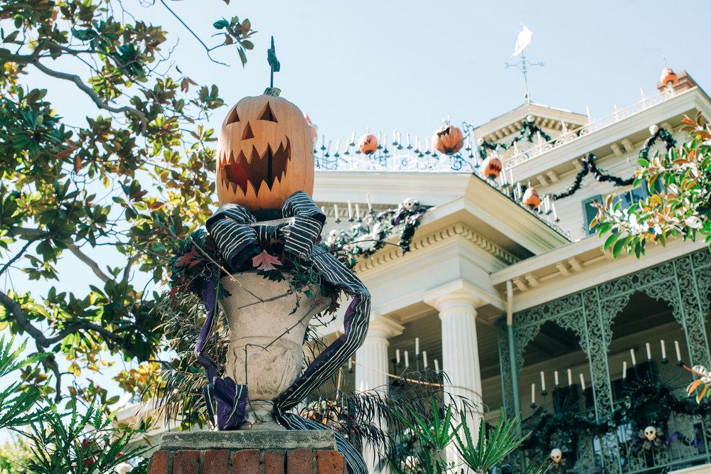 Disneyland_Halloween-LilyRoPhotography-78.jpg