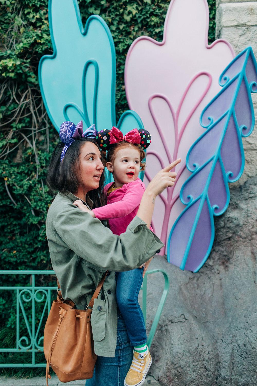 Baby_Boy_Bakery_Disneyland_LilyRoPhotography-7499.jpg