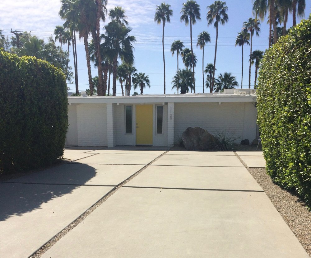 I took this photo of a home in Palm Springs during a recent visit. Saving as inspiration for our future landscape project.