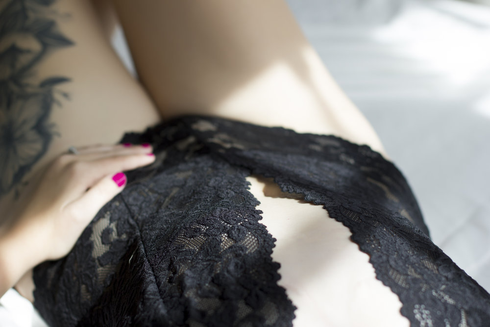 Black lace + Natural Light Boudoir