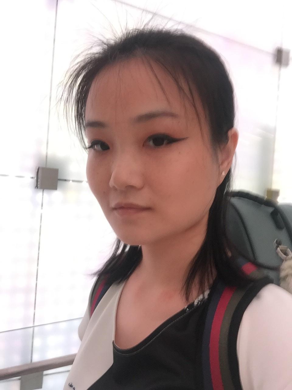 Jenny Yong (Violin)
