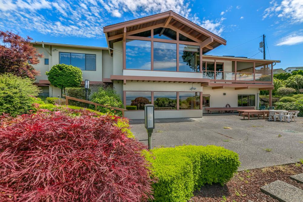 Edmonds View Home - Sold $1385,000