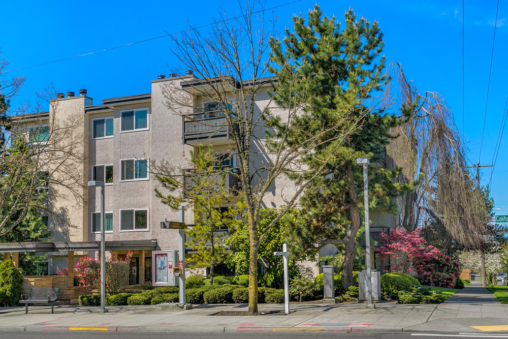 West Seattle Condo - Sold $347,100