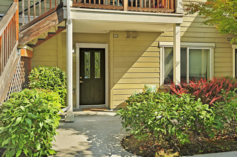 Seward Park Townhomes - RENTED