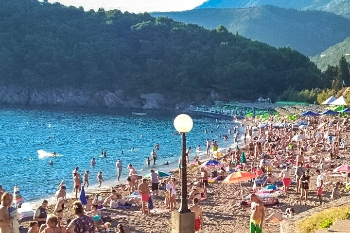 Lucice Beach - This splendid beach of Budva Rivier is hidden behind mountains and securely surrounded by the pine forest. Are you looking for a romantic atmosphere? Would you like to take pleasure of pure water and admire healing mountain air?  Lucice was designed by nature to make you sound, refreshed and happy. This beach is suitable for comfortable and quiet recreation on the landscape.
